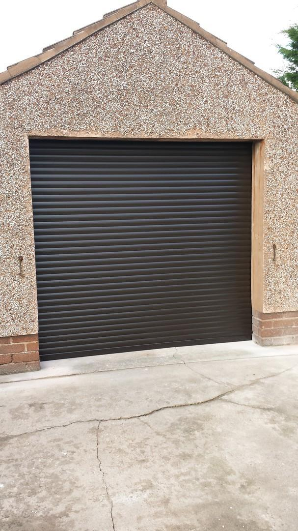 garage_door_2.jpg