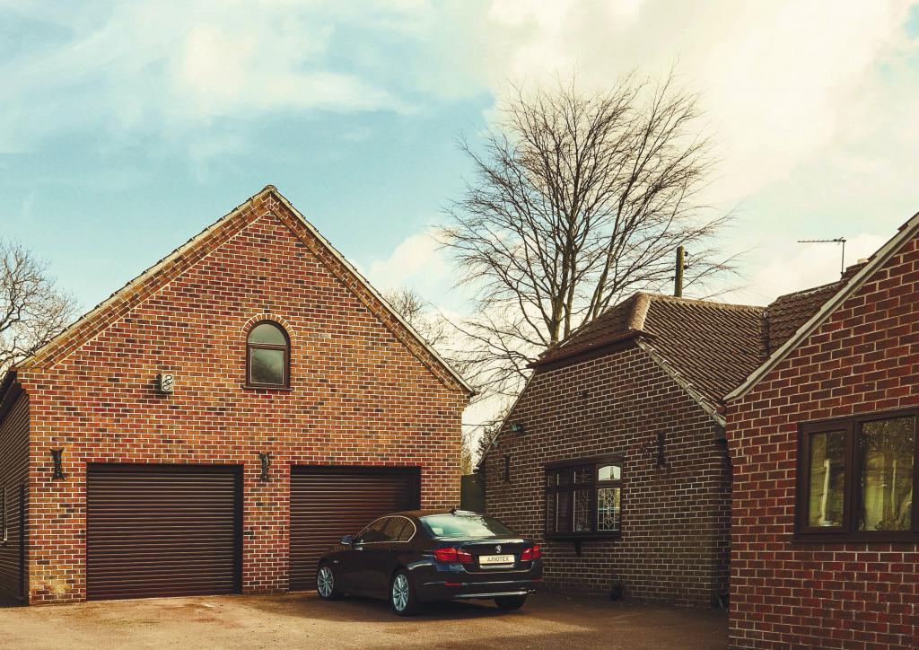 garage_roller_doors.jpg
